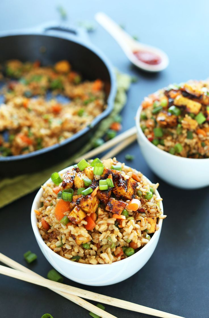 AMAZING HEALTHY Vegan Fried Rice with Crispy Tofu #vegan #glutenfree #recipe…