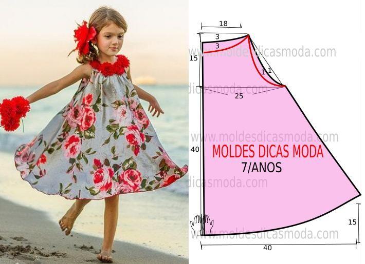 Este modelo de vestido godé estampado é um clássico que as crianças adoram e não dispensam. O molde do vestido de criança encontra-se no tamanho 7 anos. A