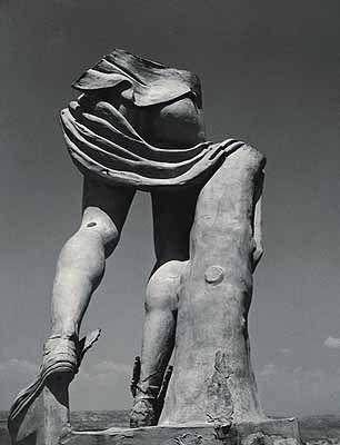 Herbert List . Hermestorso, Chalkis, 1937