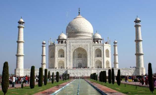 """Following are some sample tour plans that we offer for short tours of Delhi, Agra and Jaipur. These are short sample tour itineraries just for reference and can be extended and modified according to requirements of the guests."""