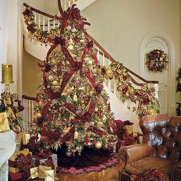 Christmas Tree Decorating Ribbon Ideas: 816 Best Holiday Christmas Trees Images On Pinterest