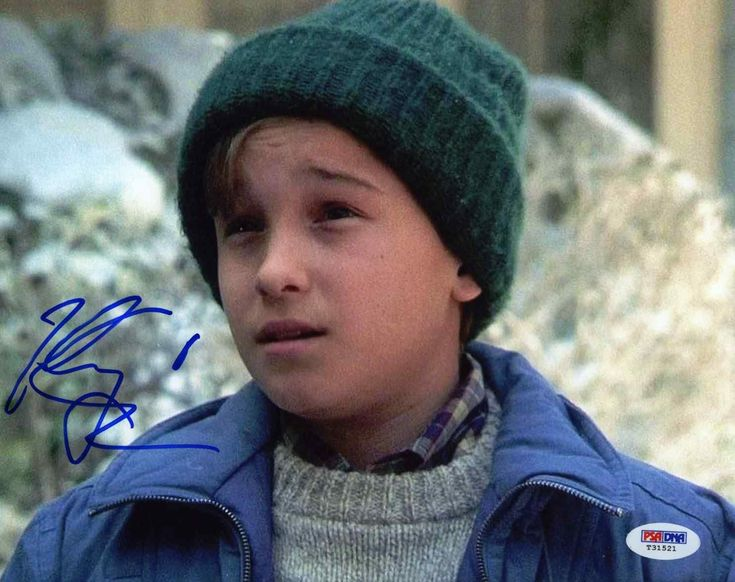"Johnny Galecki ""National Lampoon's Christmas Vacation"" Signed 8x10 Photo Certified Authentic PSA/DNA"
