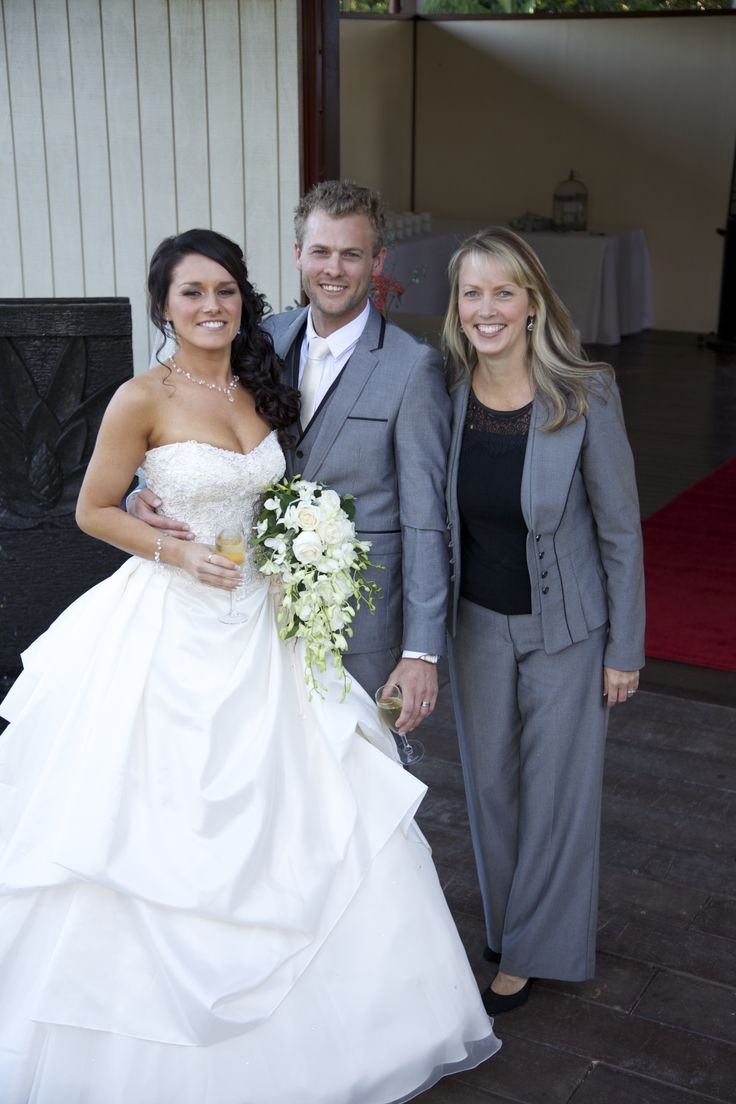 Marriage Celebrant Michelle Shannon at Suzannes Hideaway - Clunes. #celebrant #marriage