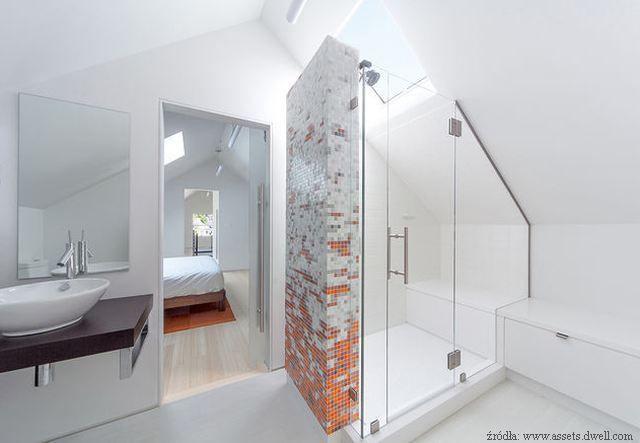 top 25 best badezimmer mit schr ge ideas on pinterest. Black Bedroom Furniture Sets. Home Design Ideas