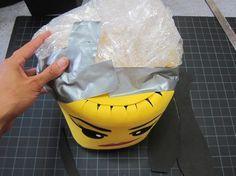 Cómo hacer un disfraz de Wyldstyle de Lego