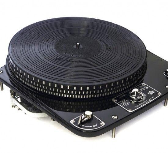Classic 301 in Black