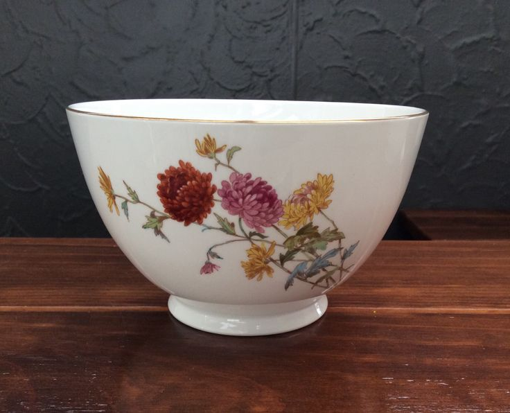 Royal Worcester large bowl c1862-67