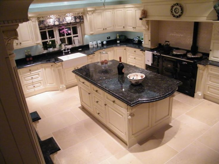 Traditional Kitchens Birmingham | Broadway Traditional Fitted Kitchens