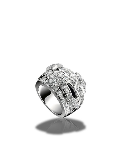 comte ring in white gold and diamonds