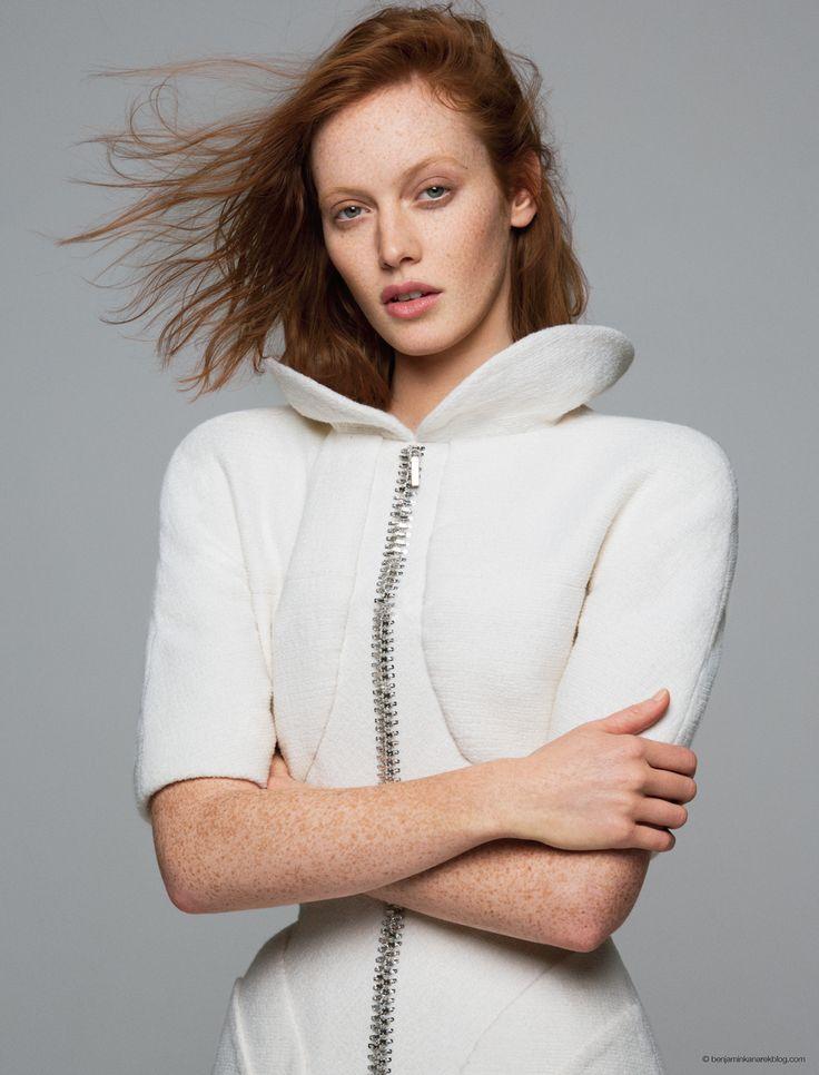 Chantal-Stafford-Abbott-in-Haute-Couture-by-Benjamin-Kanarek-for-ELLE-Mexico-8.jpg (1000×1313)