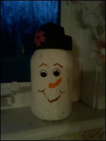 A Quart Jar Snowman: Chris Crafts, Crafts Ideas, Quart Jars, Retaining Wall, Jars Snowman