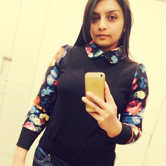 Amazing Look - Russian Girls,Girls Tv,Girls Tv Series,Girls Series,Girls Tv Show Online,: Rupinder Handa Selfie Photos