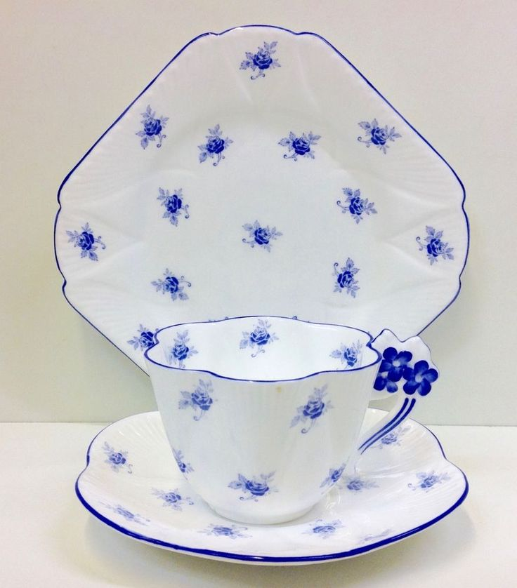 "Shelley Floral Dainty Shape ""Scattered Rose"" Pattern Tea Cup Trio. 