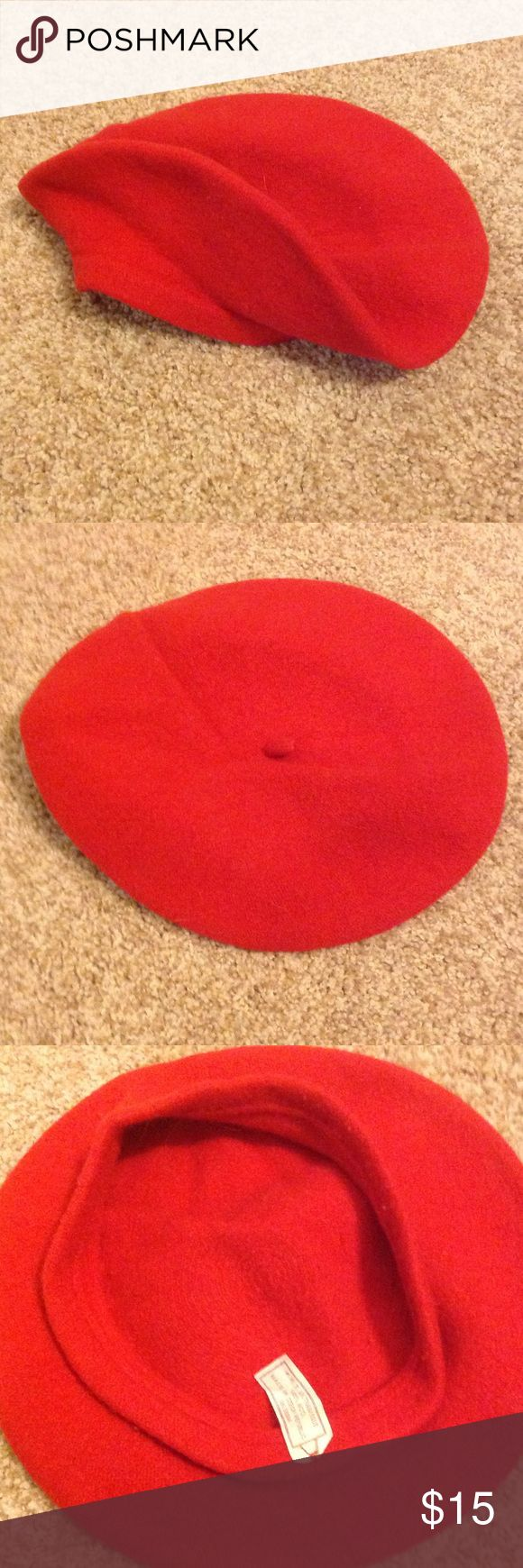 Red beret Red beret. Smoke free home. No rips stains or tears. 100% wool. Accessories Hats