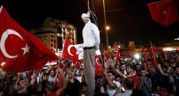 Hamas, Moslimbroederschap, Grijze Wolven organiseren steeds vaker protesten