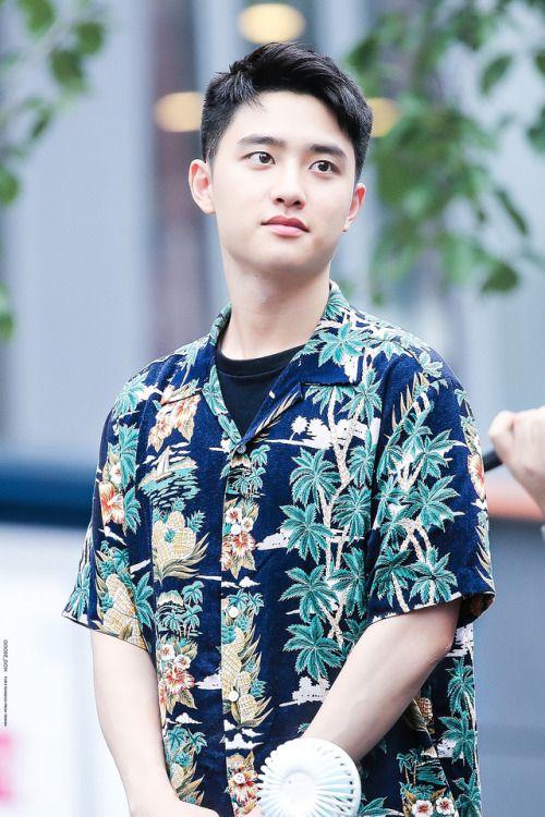D.O - 170813 Gwanghwamun HotTracks fansign  Credit: Goose Doh. (핫트랙스 광화문점 팬사인회)