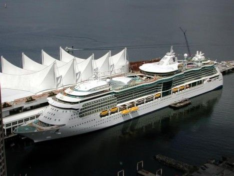 royal single personals Super studio ocean view stateroom with balcony - royal caribbean international single full size bed, full bathroom and private balcony single occupancy stateroom, no single supplement required the decoration and.