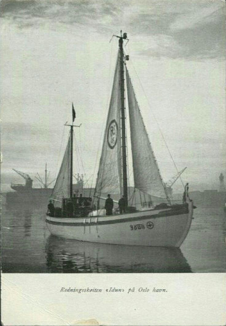 Oslo Redningsskøiten Idun på Oslo havn. Utg NSSR Redningsselskapet