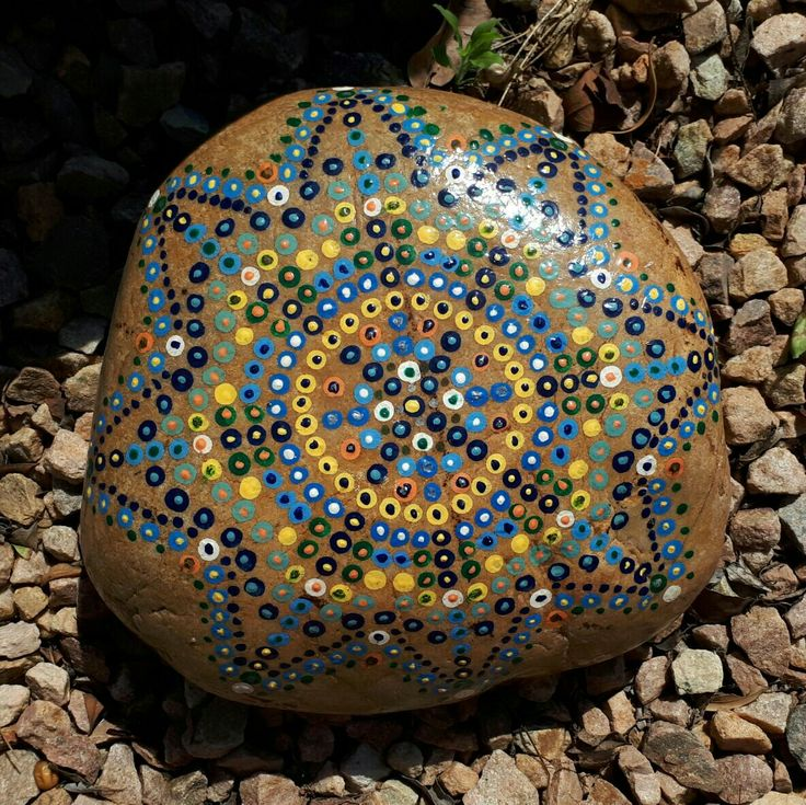 Painted rock from Meiringspoort. Painted by Corne