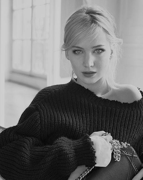 Jennifer Lawrence by Mario Sorrenti for 'Dior' Spring-Summer 2016 Handbag Campaign.