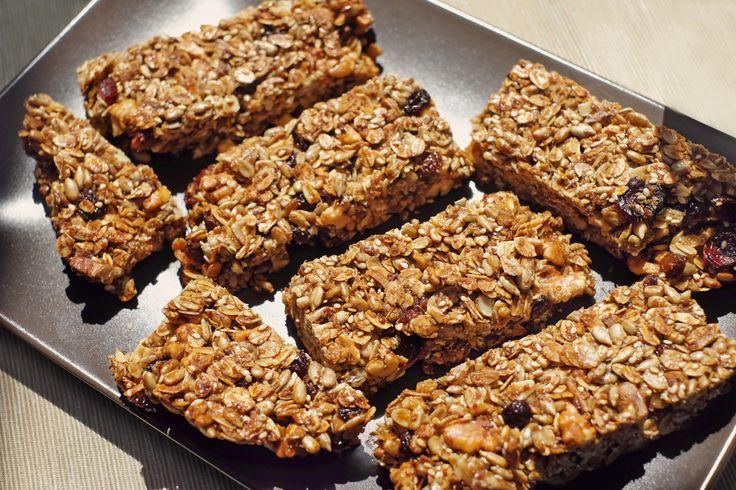 Ricette barrette fatte in casa - dietetiche, energetiche, ai cereali, sesamo, riso soffiato, ecco le ricette per preparare in casa le barrette semplicemente