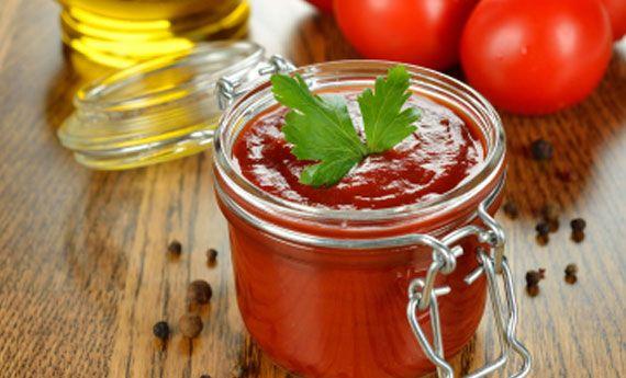 Salsa di pomodoro fatta in casa: la ricetta definitiva per un sugo perfetto!   Cambio cuoco