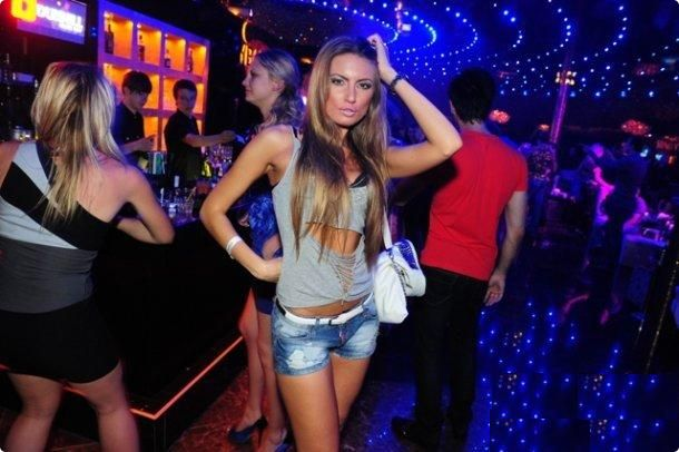 Sky Bar #kiev #girls