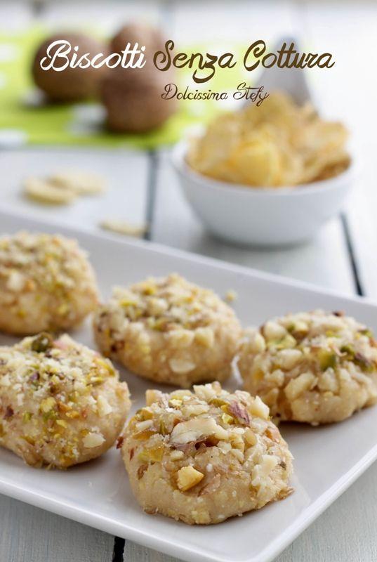Biscotti Senza Cottura con Ricotta e Frutta secca