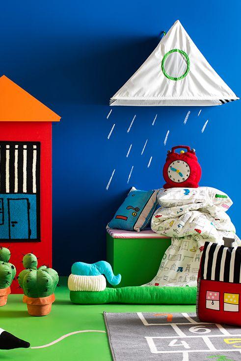 Τεράστια χαρά περιμένει όλους τους μικρούς μας φίλους. Ανακαλύψτε τη σειρά HEMMAHOS, γεμάτη με μαλακά παιχνίδια που θα στολίσουν το παιδικό δωμάτιο και θα χαρίσουν στιγμές διασκέδασης!