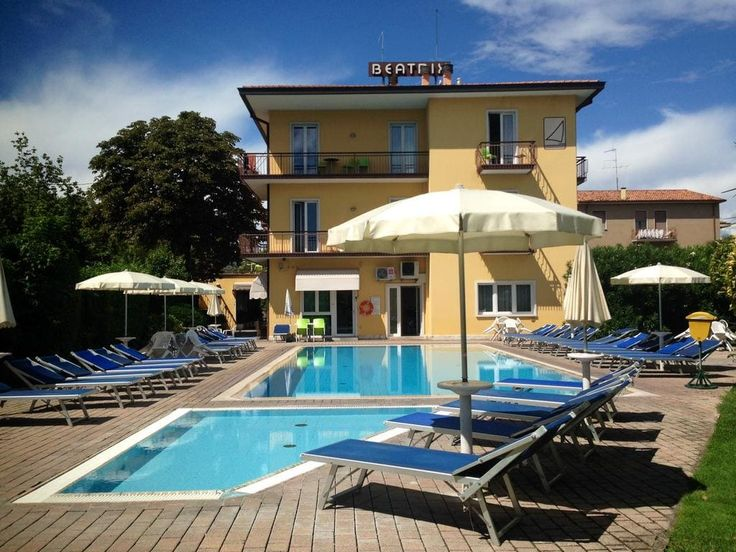 Residence Beatrix Bardolino, information, rates, book online and save money, online direct reservation.