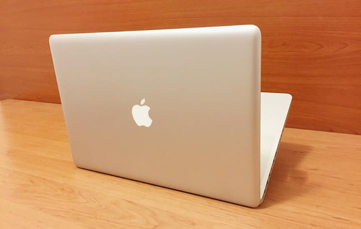 """💻Used Apple Macbook pro price 555$💻 Model: A1278 Core i5, 8gb RAM ,256gb SSD, Screen 15.4"""" Free delivery & cash on delivery 🚙 For info call or whatsapp 📲 71330303 📞 توصيل مجاني و الدفع عند الإستلام. جملة و مفرق #computers #tablet #hack #screen #iphone"""