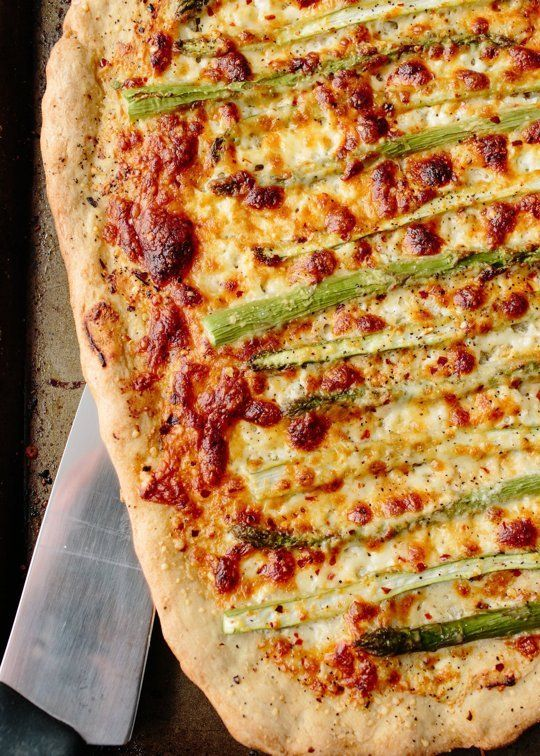 Recipe: Roasted Asparagus & Ricotta Pizza — Weeknight Dinner Recipes ...