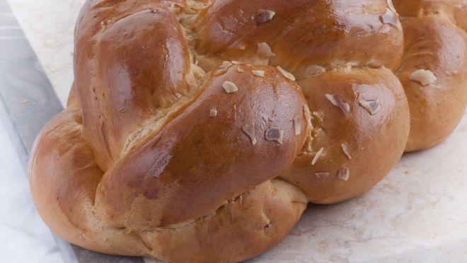 Tsoureki - Greek Easter bread