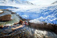 Deze drie originele warmwaterbronnen garanderen romantiek in Nieuw-Zeeland, avontuur in Alaska en Bijbelse warmte in Jordanië.