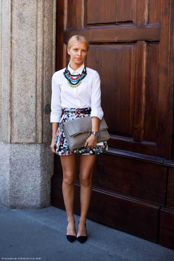 statement necklace and adorable skirt