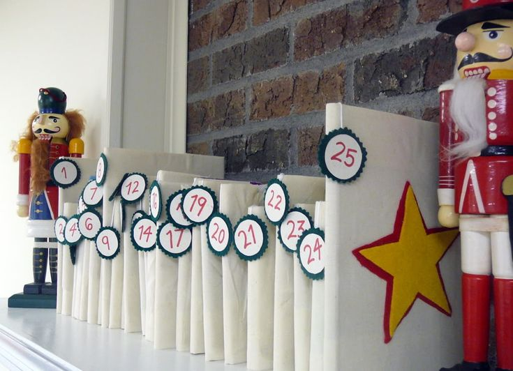 DIY Christmas Countdown Calender with Books