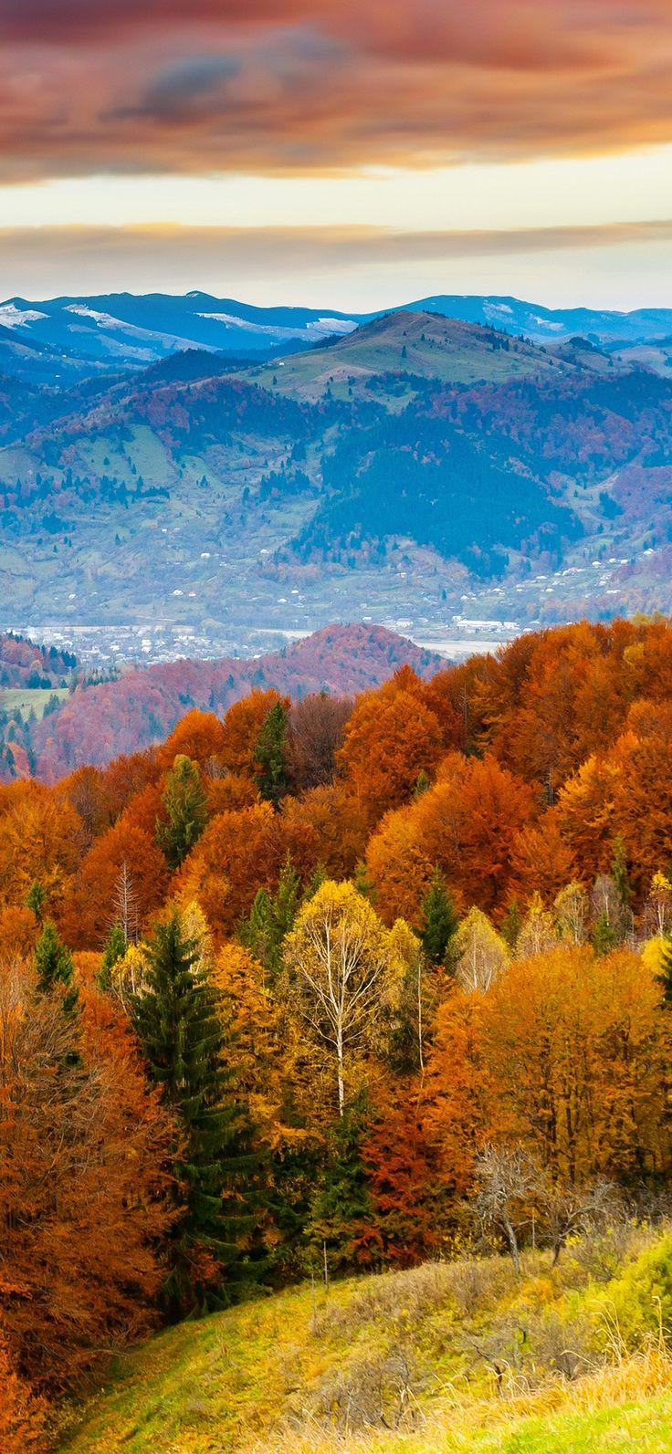 Fall mountain | Iphone wallpaper fall, Fall wallpaper ...