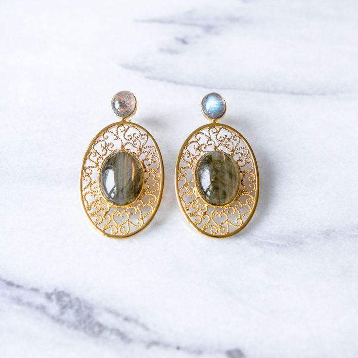 "Filirose ""Filipa gold plated Earrings grey"" - Minimalistic, elegant fine jewelry with Portuguese filigree Earrings in filigree with natual stone - Labradorite"
