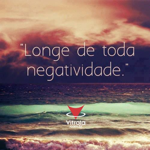 Viva a sua vida e ignore a negatividade.  Não deixe ninguém roubar a sua felicidade.  <3  #DicaDaVitrola #Vitrola