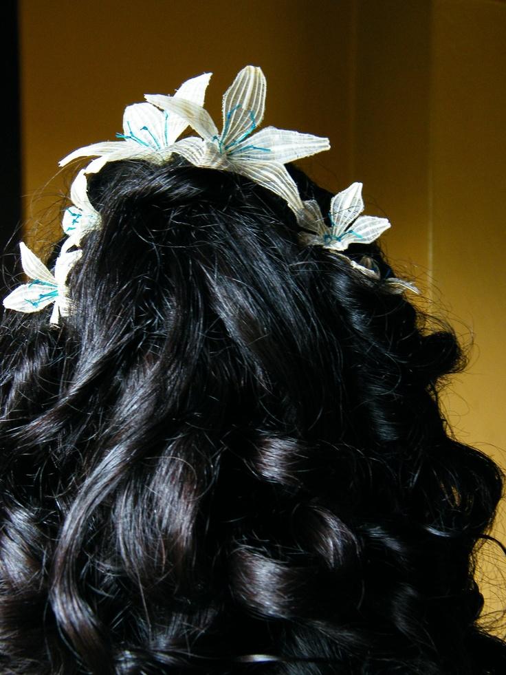 Flores tejidas en crin para tocado de pelo para novia