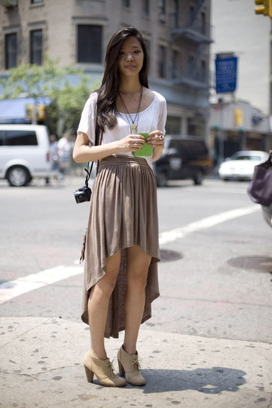 high low skirt: Fashion, High Low Skirts, Chic, Clothes, Dress, Street Styles, Photo, Wear, Asymmetrical Skirts