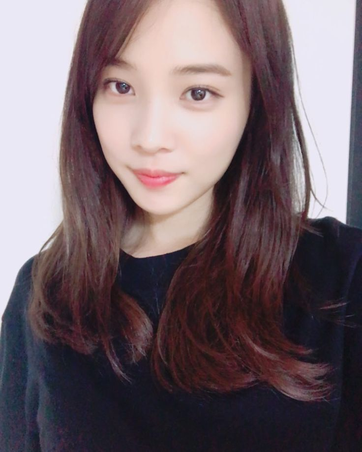 "YoonSohui (@sh_ovel_y) on Instagram: ""@chyoung15 저도 달라졌어요""   170630"