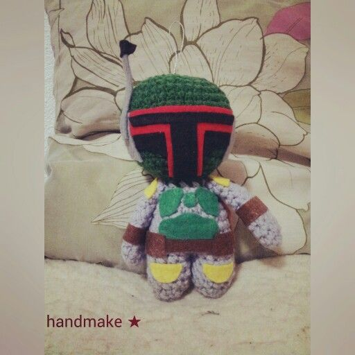 Boba Fett action figure #handmake #handmade #knitting #StarWars #BobaFett #Mandalor #Mandalorian #Episode4 #ANewHope #Episode5 #EmpireStrikesBack #Episode6 #ReturnOfTheJedi #LucasArts #LucasFilm #etsyfinds #etsy #StarWarsFan #StarWarsDay #knittersofinstagram #actionfigure #gift #коллекционнаяфигурка #ЗвездныеВойны #БобаФетт #Мандалор #Мандалорец #Эпизод4