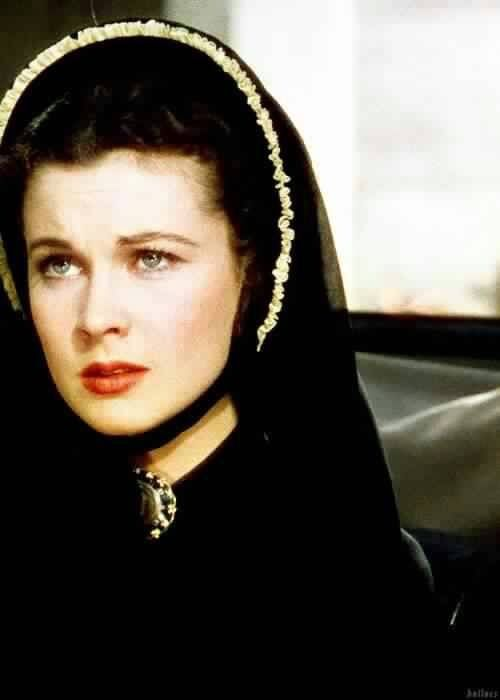 1000 images about classic gone with the wind on for Who played scarlett in gone with the wind