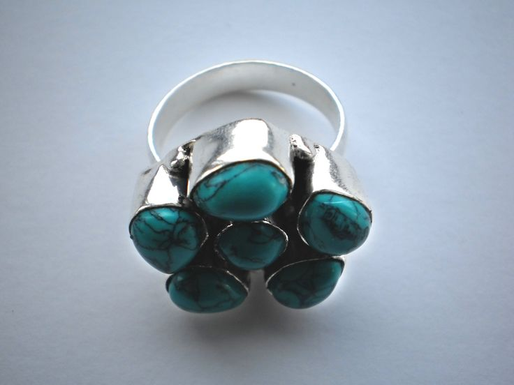 Turquoise Ring Size p/8 €22.00