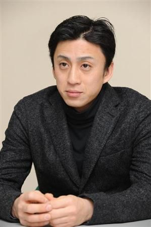 Kabuki actor Ichikawa Somegoro transported to the hospital due to a fall during performance