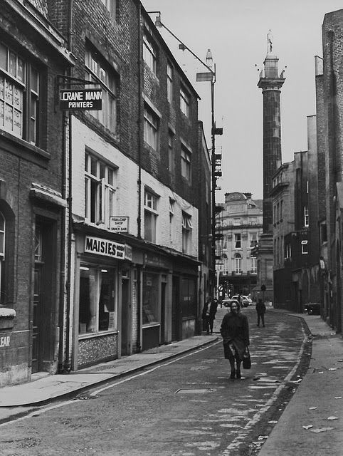 vintage everyday: Street Scenes in Newcastle, UK in the 1960s