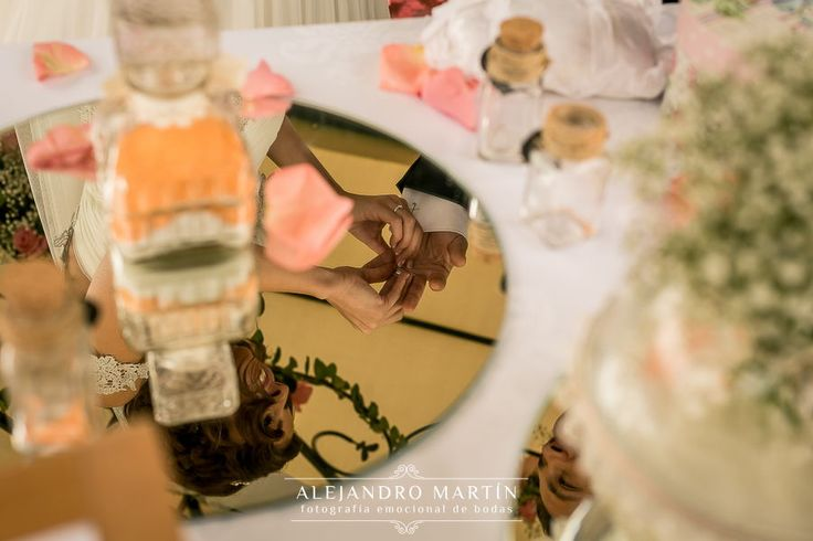 Ceremonia civil de la arena en Restaurante Boabdil #ceremoniacivil en nuestros #jardines #boabdil #boabdilbodas #jardinesboabdil #granada #bodaengranada #love #vivanlosnovios