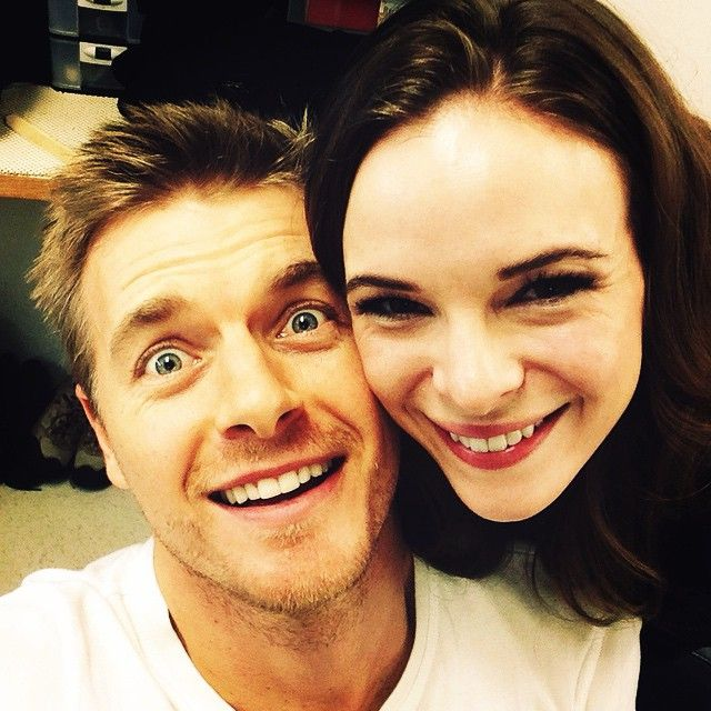 The Flash - Rick Cosnett & Danielle Panabaker.. hes just like the little selfie king over here