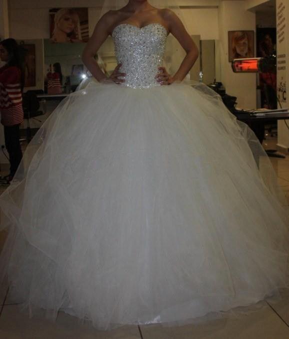 New Arrival Wedding Dress,Ball Gown Wedding Dress,Beading Crystal Wedding Dress